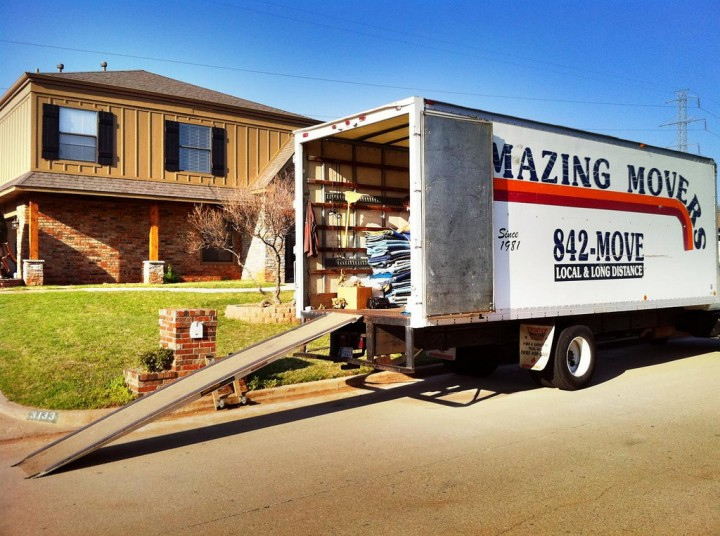 Best Practices for Loading and Unloading a Moving Truck